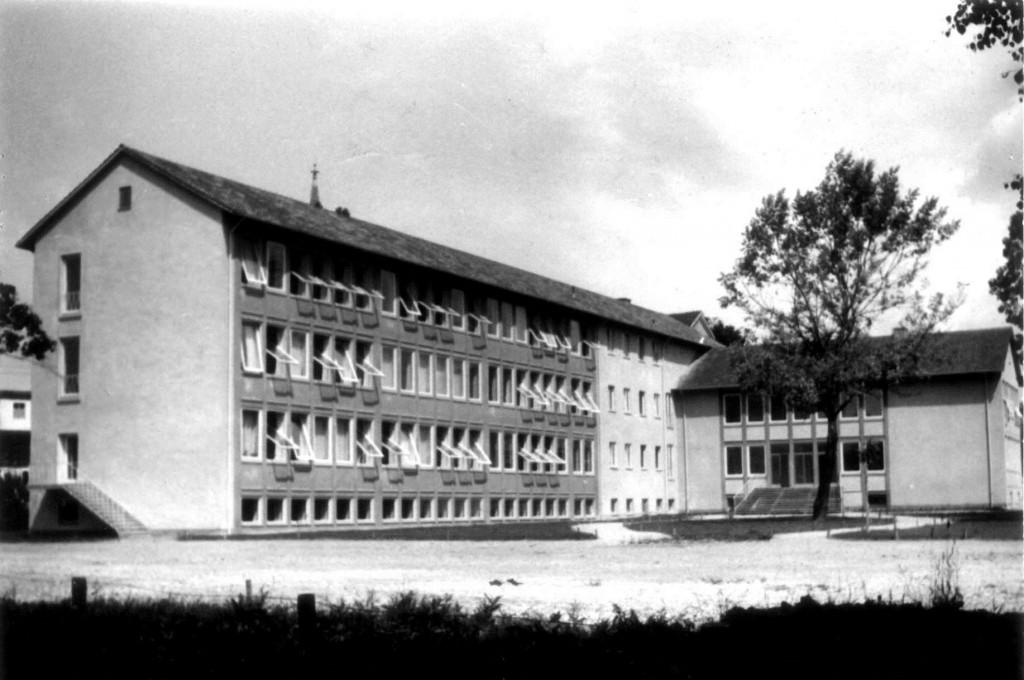 Schule-frueher-1024x680